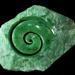 Нефрит камень - защита от злых духов