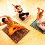 Как очистить чакры? С помощью традиционных йогических практик!