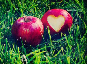 love_heart_apple_b01