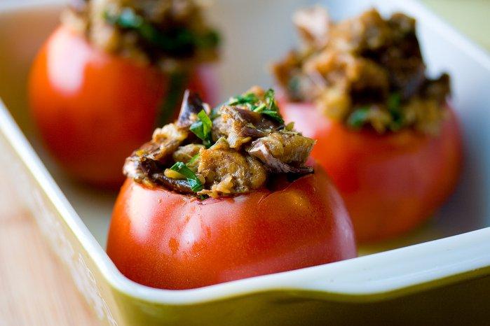 pomidory-farshirovannye-gribami_619