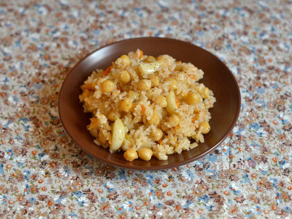 recept-vegetarianskii-plov-s-nutom