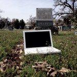 Одержимый ноутбук от Apple продали на интернет-аукционе