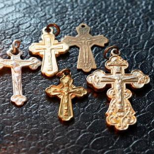 Можно ли принимать в подарок крест