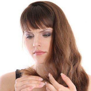 Почему появляются узелки на волосах